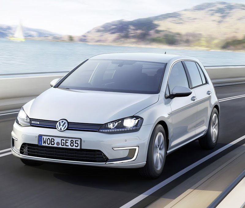 2015-volkswagen-e-golf-front-three-quarters-view