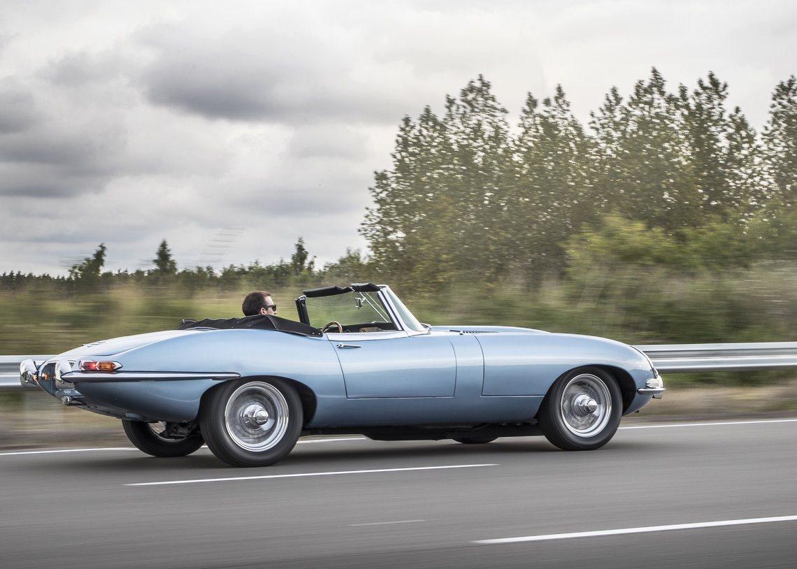 jaguar converted classic roadster e type into electric car electric motors club. Black Bedroom Furniture Sets. Home Design Ideas
